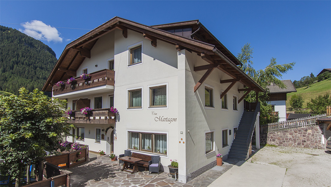 Apartments Cësa Martagon in Val Gardena