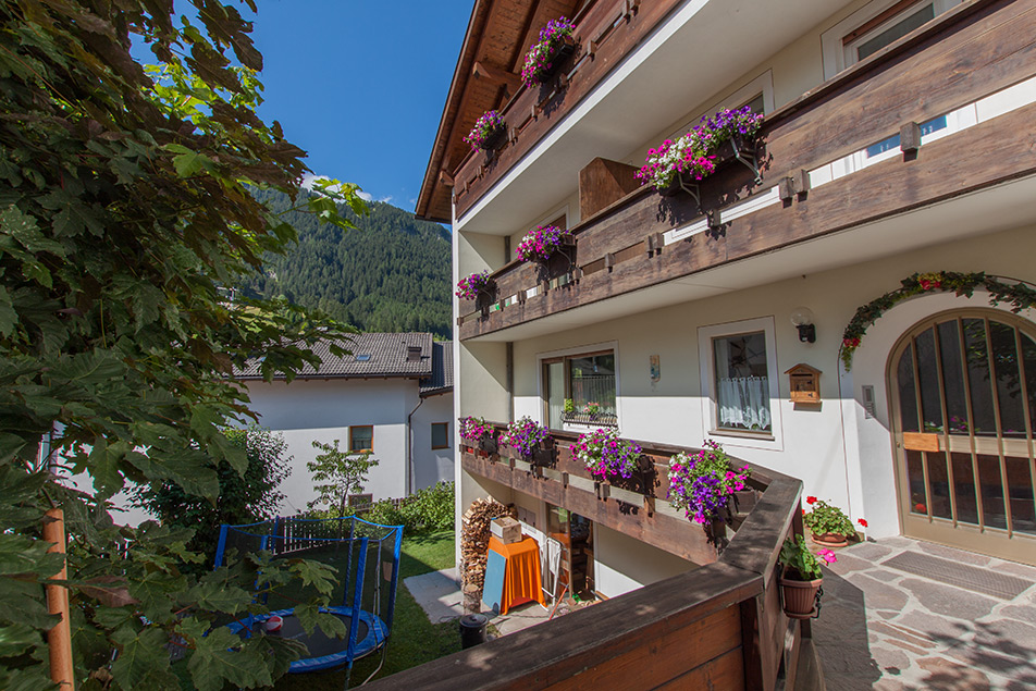 Welcome in Apartments Cësa Martagon in Ortisei